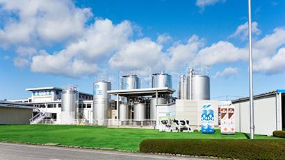 45年の歴史を刻む酪王工場