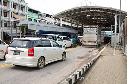 ミャンマークーデター 国境貿易が停滞 タイ、中国との物流に大きな影響