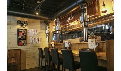 【焼肉店:焼肉肉割烹 万福】一皿ずつ提供するコース制の焼肉店