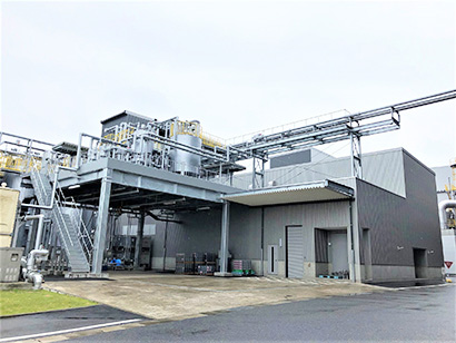 林原、岡山機能糖質工場A棟が本格稼働開始 水飴製品を充填