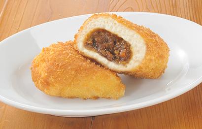 計量の手間無く、冷蔵解凍後にパン生地に包んで油調・焼成すればカレーパンに