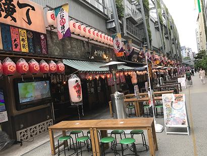飲酒客で昼からにぎわっていた「渋谷横丁」も閑散