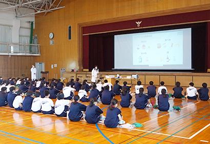 東海漬物、ぬか漬の魅力学ぶ 豊橋市の中学で訪問授業開催