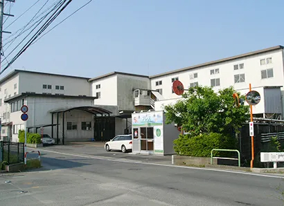 九州食品産業特集:西日本食品工業 包装充填機械更新で生産量が増大