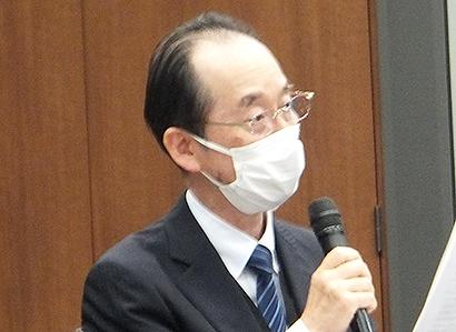 近年の梅の販売状況を報告する中田吉昭理事長