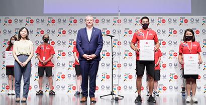 日本コカ・コーラ、五輪プラカードベアラー任命式 多様性有す50人選出