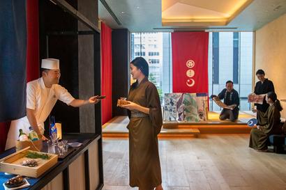 にんべん、本枯鰹節使用「3種の鰹節おむすび」 「星のや東京」イベントで提供