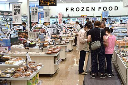 記録的な猛暑でにぎわう札幌市内有力スーパー