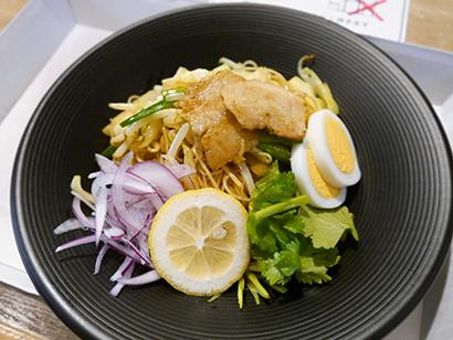 ケンミン食品、「神戸南京町YUNYUN」ルクア大阪店で限定メニューを販売