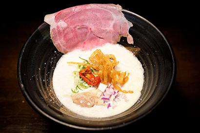 緊急事態宣言期間中のみ営業の「緊急事態製麺 #金獅子」、新メニュー「鶏白湯」…