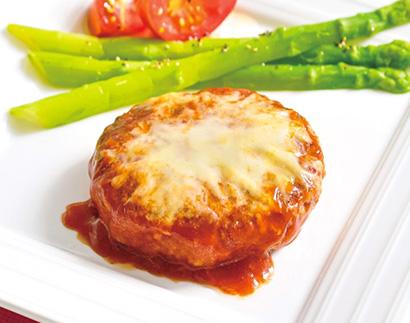 鉄板焼ハンバーグ(チーズトマトソース)