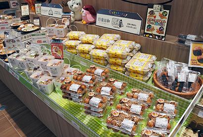 ショップ風にカテゴリーのメリハリを演出する惣菜売場(東武ストア)