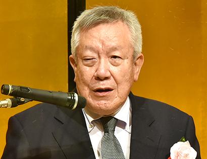 小田英三選考委員長(日本外食品流通協会会長)