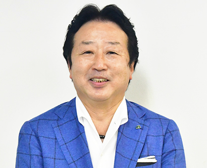近畿中四国小売流通特集:エース・冨沢高志社長CEO SC視野に新業態開発へ