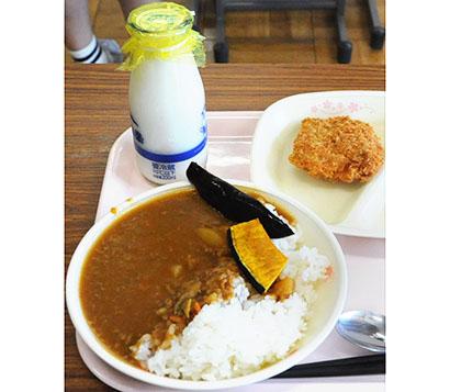 日本水産、小中学生食事体験で「速筋タンパク入りカレー」提供 体づくり学ぶ